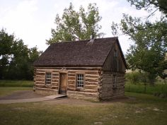 600px-Theodore_Roosevelt's_Maltese_Croos_Cabin,_TRNP,_ND.jpg